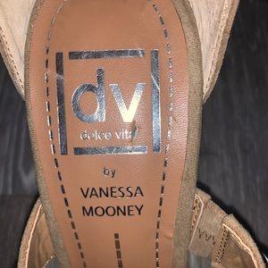 Dolce Vita Shoes - Dolce vita by Vannessa Mooney tan heels